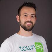 Foto de Denys Hupel, Co-fundador da Townsq